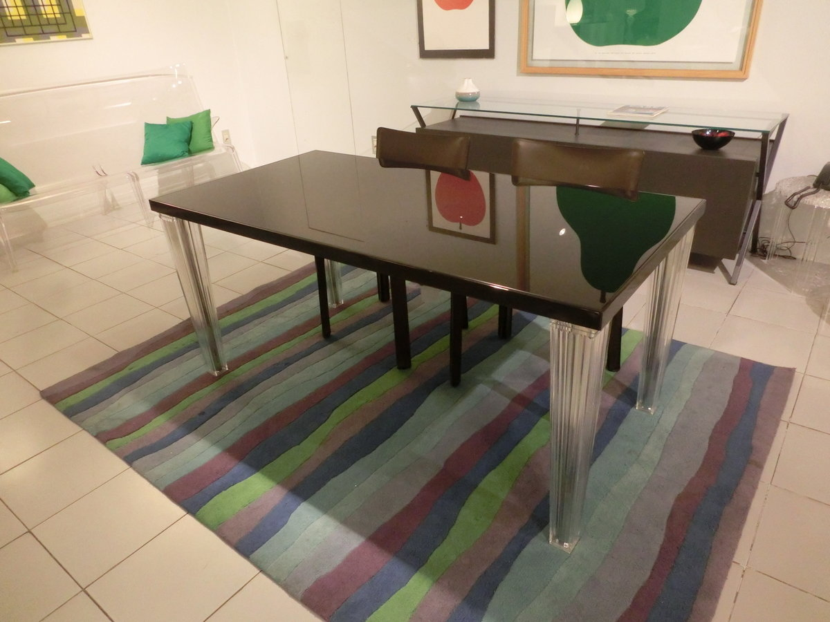 Sedie E Tavoli Kartell.Tavolo Top Top Piano In Vetro Kartell